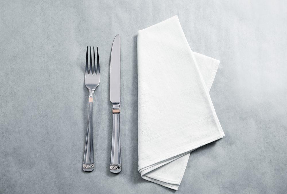 The Benefits of Reusable Napkins VS Paper Napkins